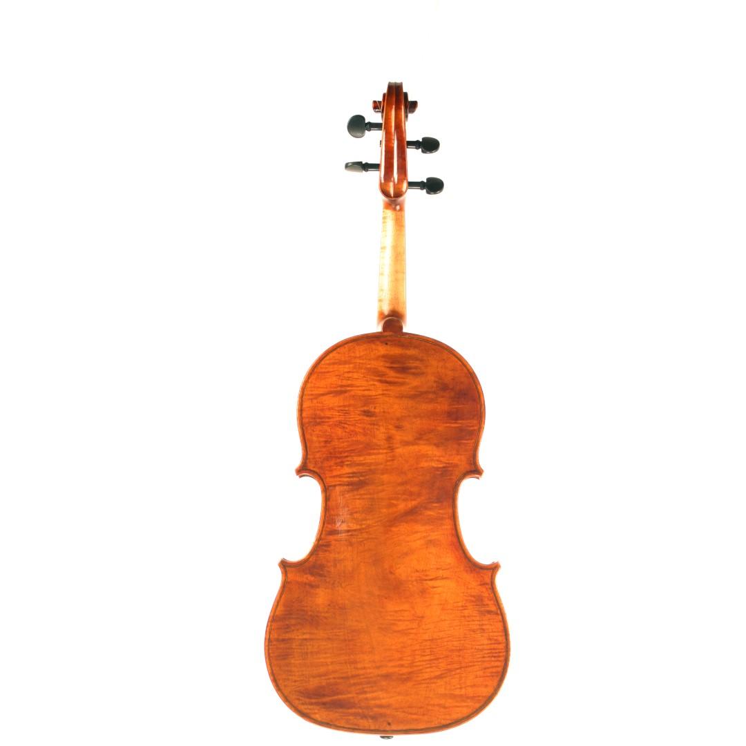 rhiannon james yann besson violin and viola maker in london rhiannon james backcarre